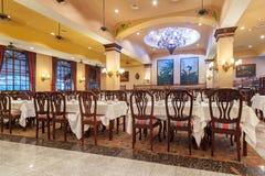 RIU尤加坦旅馆餐馆内部在墨西哥 免版税库存图片