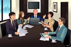 Riunione del gruppo di affari in un ufficio moderno Immagine Stock