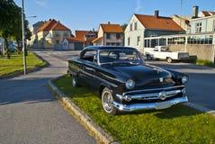 Riunione dell'automobile di (riga su ordinazione 1954 del Ford) Immagine Stock