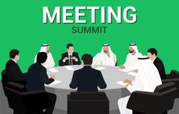 Riunione della tavola rotonda degli uomini d'affari arabi ed europei immagini stock
