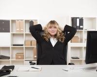 Riuscita donna di affari soddisfatta Fotografia Stock