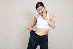 Riuscita donna sulla dieta Immagini Stock Libere da Diritti