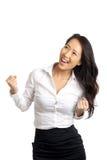 Riuscito incoraggiare asiatico della donna immagine stock