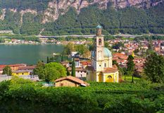 Riva圣维塔利教会三塔Croce卢加诺湖 免版税图库摄影