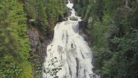 Riva瀑布,园地Tures,女低音阿迪杰,意大利 股票视频