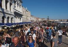 Riva degli Schiavoni i Venedig Arkivbilder