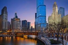 Riva del fiume del Chicago. fotografia stock