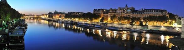 Riva del fiume di Parigi Seine Fotografia Stock