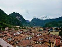 riva del Garda城镇的意大利视图  库存照片