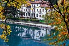 RIVA DEL GARDA, TRENTO/ITALY - 24. OKTOBER: Di Hotel Lido Pieve Lizenzfreie Stockbilder