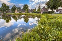 Riva del lago amichevole di Eco fotografia stock