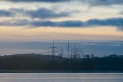 Riva del lago congelata dal tramonto Immagini Stock Libere da Diritti