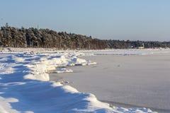 Riva del Mar Baltico nell'inverno Fotografia Stock