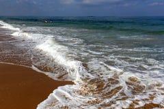Riva del mar Mediterraneo Immagine Stock