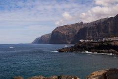 Riva dell'Oceano Atlantico in Tenerife ad ovest, Spagna immagine stock