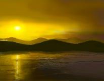 Riva dell'oceano della montagna Fotografia Stock
