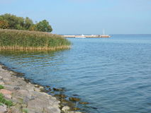 Riva della laguna di Curonian, Lituania Immagini Stock Libere da Diritti