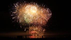 Riva variopinta Vancouver dell'oceano dei fuochi d'artificio stock footage