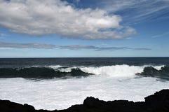 Riva vulcanica di Maui Fotografie Stock