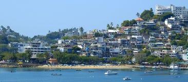 Rivage d'Acapulco panoramique images libres de droits