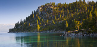 Rivage de Lake Tahoe Photographie stock