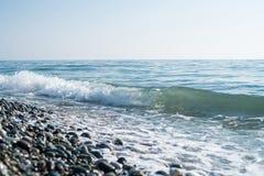 Rivage de pierres de mer Images libres de droits