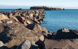 Rivage de roche Photographie stock libre de droits
