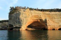 Rivage rocheux de supérieur de lac Image libre de droits