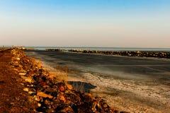 Rivage rocheux du lac Ladoga Image stock