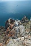 Rivage rocheux près de cap Khoboy photo libre de droits