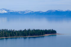 Rivages du lac Tahoe, la Californie Photographie stock libre de droits