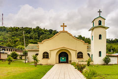 Rivas katolsk kyrka arkivfoto