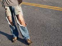 riven sönder jeans Arkivbilder