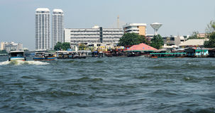 The river in Bangkok. Moderm bilding the river in Bangkok Royalty Free Stock Photos