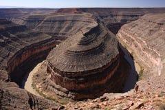 River bend. Ing through the canyon (Goosenecks state park, Utah, USA Royalty Free Stock Photo