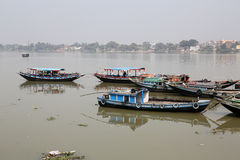River boats waiting for the passengers at the dock in Kolkata Stock Photography