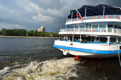 River cruise ship Royalty Free Stock Photos
