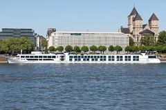 Free River Cruise Ship ANTOINETTE In Cologne, Germany Stock Images - 116534154
