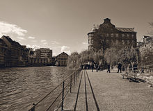 River L'ill footpath in Strasbourg Stock Photo