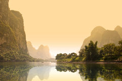 The river Li (lijang) at sunset between Guilin and Yangshuo Stock Photography