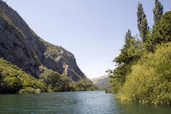River and mountain Royalty Free Stock Images