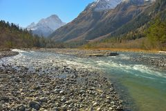 River in mountains Royalty Free Stock Photos