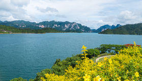 River and mountains Ratchaprapha Dam Surat Thani province,Thaila Royalty Free Stock Photos