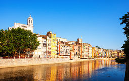 River Onyar and picturesque houses in Girona. Catalonia Stock Photography