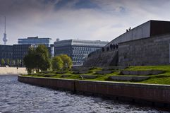 River Spree next to the buildings Stock Photography