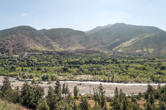 River surrounded by mountains Royalty Free Stock Photography