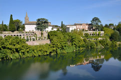 River Tarn in the village of Lisle-sur-Tarn in France Stock Image