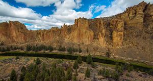 River Trail at Smith Rocks State Park, a popular rock climbing area in central Oregon near Terrebonne stock images