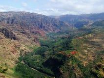 River Valley en el barranco de Waimea, Kauai, Hawaii Imagenes de archivo