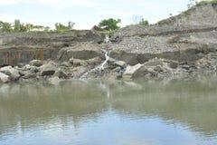 Riverbank Bulatukan rzeczny Tologan, Padada, Davao Del Sura, Filipiny obraz royalty free